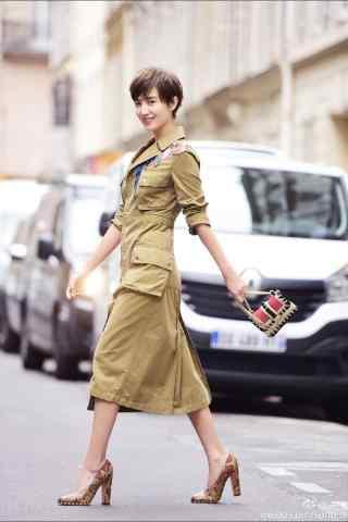 小宋佳时尚巴黎写真手机壁纸