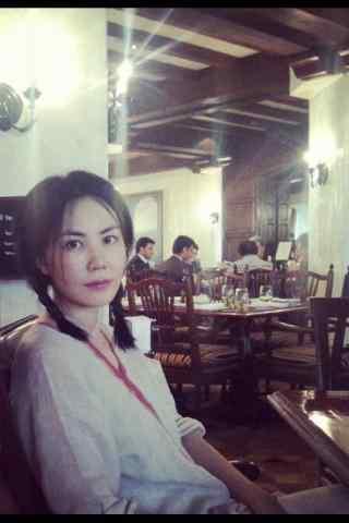 王菲麻花辫日常美拍图片手机壁纸