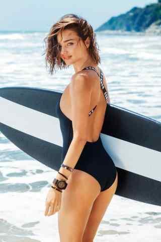 米兰达可儿性感海边写真图片
