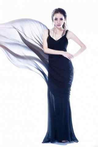 刘萌萌黑色长裙写真手机壁纸