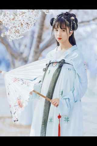 汉服齐胸儒裙—樱花树下的美女手机壁纸