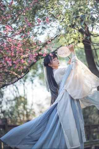 汉服齐胸儒裙—少女飘逸的衣裙手机壁纸