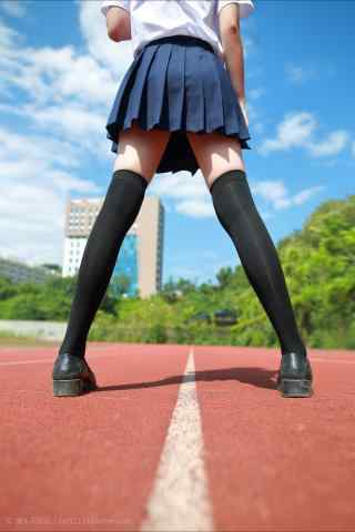 JK制服—小姐姐修长大腿绝对领域手机壁纸