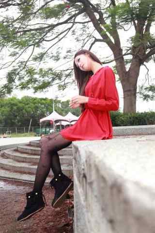 红衣美女高清手机锁屏
