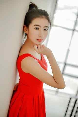 清纯的红衣美女手机壁纸