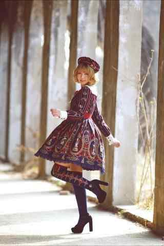 lolita洋装—活泼可爱的少女手机壁纸