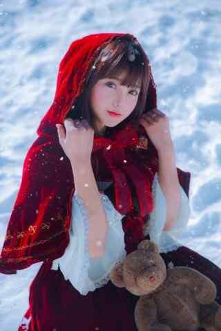 lolita洋装—雪地里小红帽少女手机壁纸