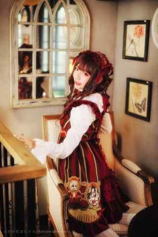 lolita洋装—少女回眸一笑手机壁纸
