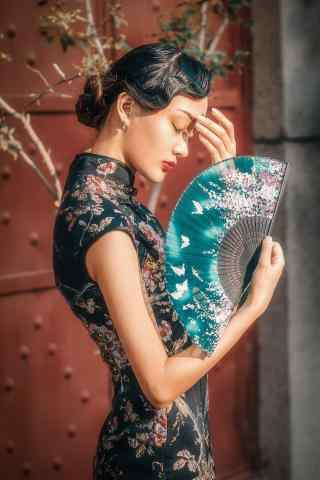旗袍—知性优雅的美女手机壁纸