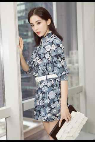 古力娜扎时尚可爱手机壁纸