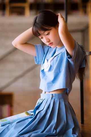 小清新校服美女手