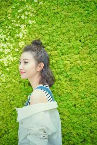 可(ke)愛迷人(ren)的(de)景甜小姐姐手機壁紙