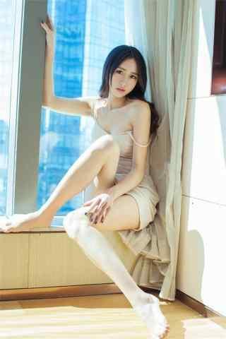美女大長腿高清寫真手機壁(bi)紙