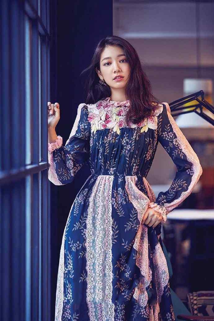 朴信惠时尚杂志唯美写真图片