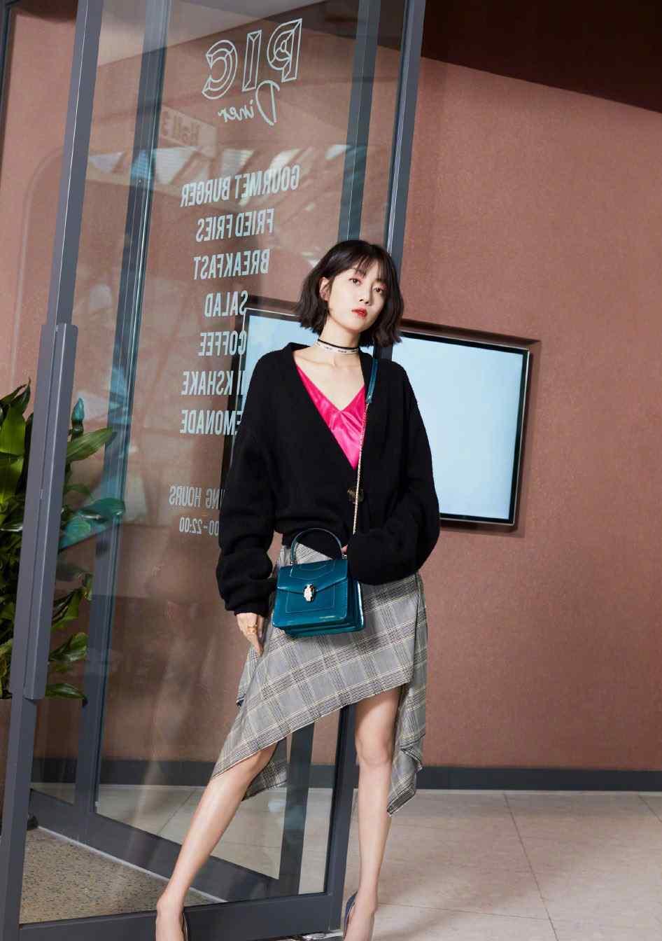 李溪芮百变造型时尚写真
