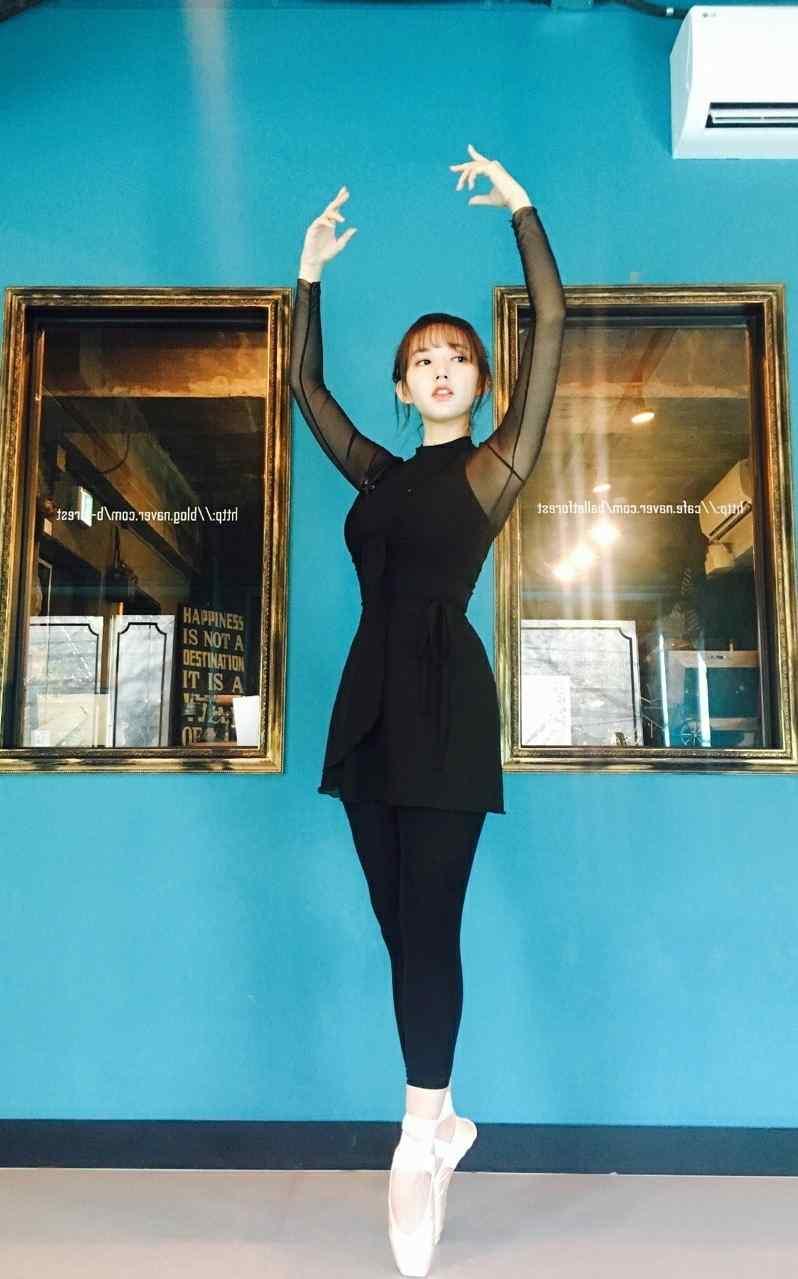 程潇芭蕾舞唯美高清手机壁纸