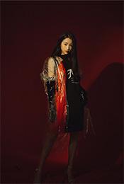 虞书欣时尚妩媚杂志写真高清手机壁纸