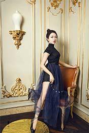 菅纫姿典雅唯美蕾丝裙高清写真图片