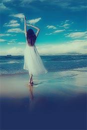 白裙美女湖上跳舞