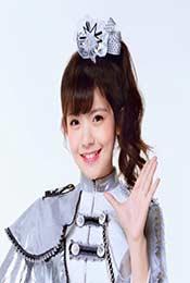 賴美雲(yun)銀色演出服高清可愛唯美壁紙圖片