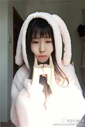 賴美雲兔子服手戳臉超級可愛高清壁紙圖片(pian)