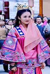 安悦溪《颤抖吧,阿部!》粉色服装超清唯美剧照图片