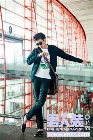 张若昀男人帮时尚杂志机场手机壁纸