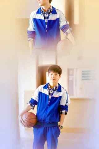 95后人气鲜肉刘昊然《最好的我们》校服篮球帅气手机壁纸