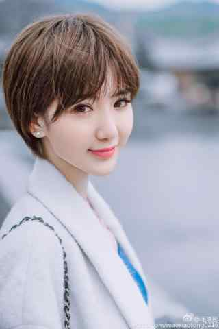 毛晓彤时尚可爱元气少女樱花季手机壁纸