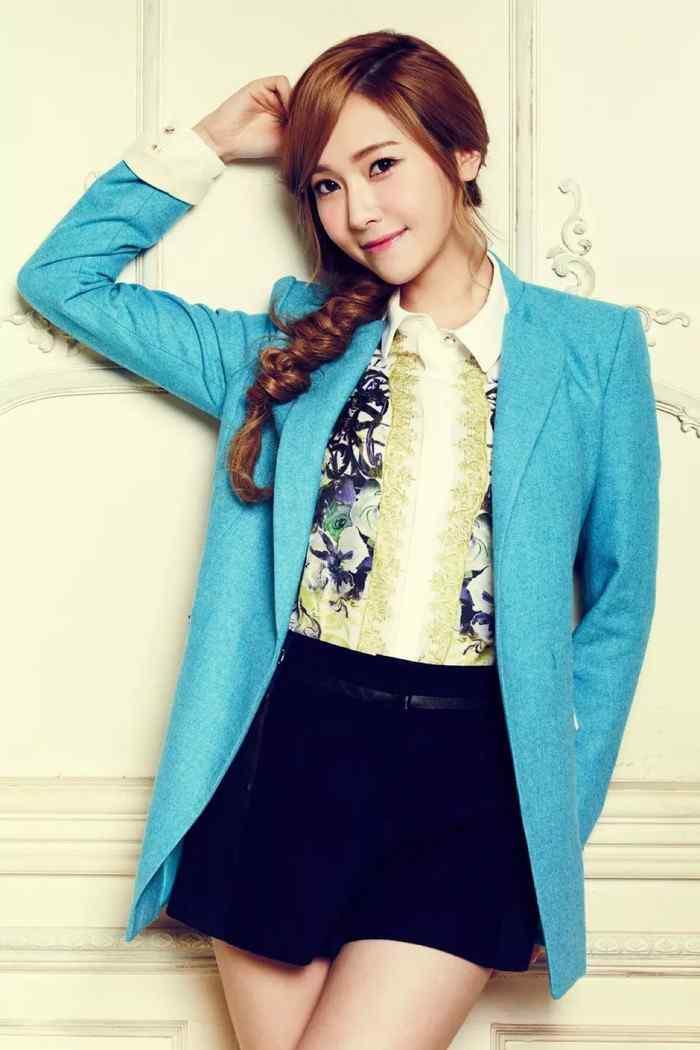 郑秀妍时尚写真图片手机壁纸第六辑(5张)