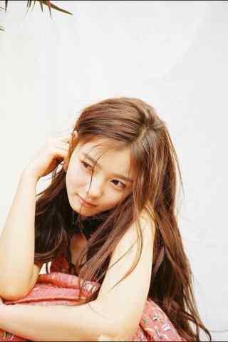 韩国美少女金裕贞写着图片手机壁纸之少女心事