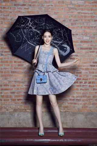 郭碧婷俏皮时尚写真图片手机壁纸