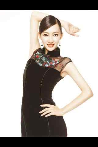 王丽坤黑色长裙性