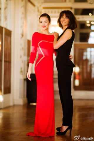 章子怡红色长裙美丽手机壁纸
