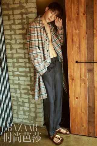 南柱赫时尚杂志图片手机壁纸