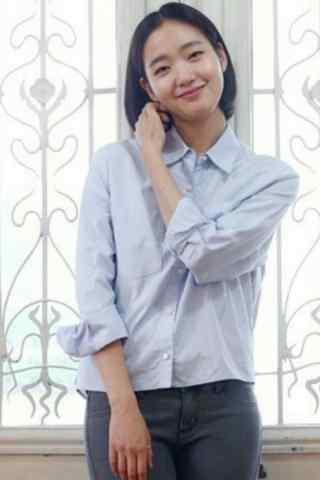 金高银甜美笑容图片手机壁纸