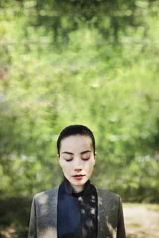 王菲个性独特风格图片高清手机壁纸