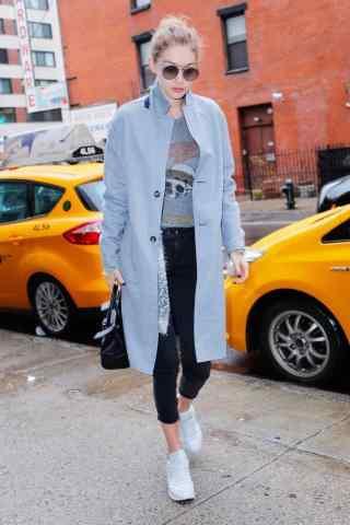 95后超模gigi时尚街拍图片
