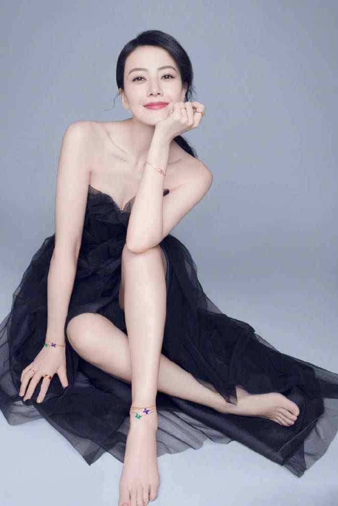 高圆圆黑色抹胸长裙性感优雅写真图片手机壁纸