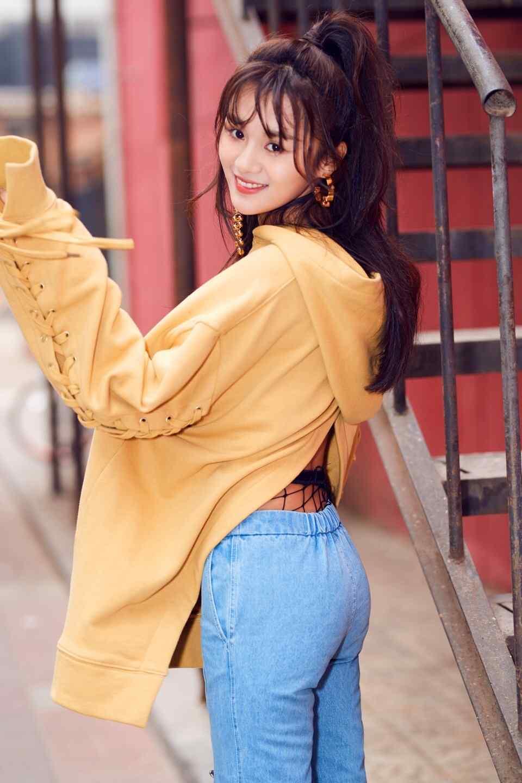 安悦溪时尚潮流秋