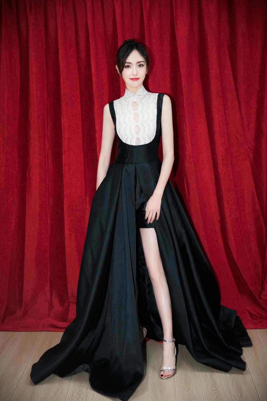 唐嫣复古黑色长裙礼服高清写真图片