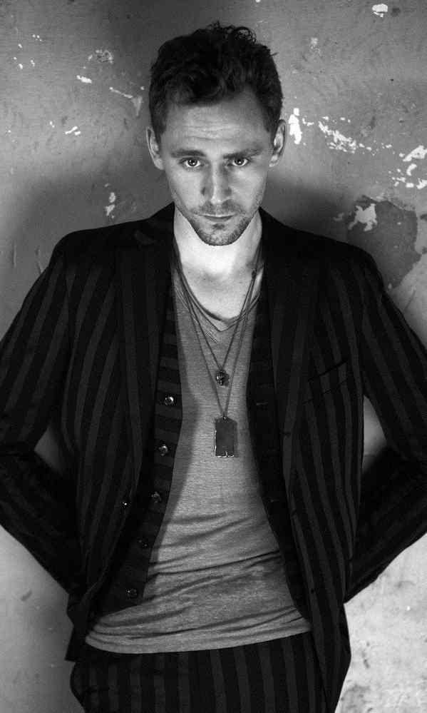 汤姆·希德勒斯顿型男帅气写真