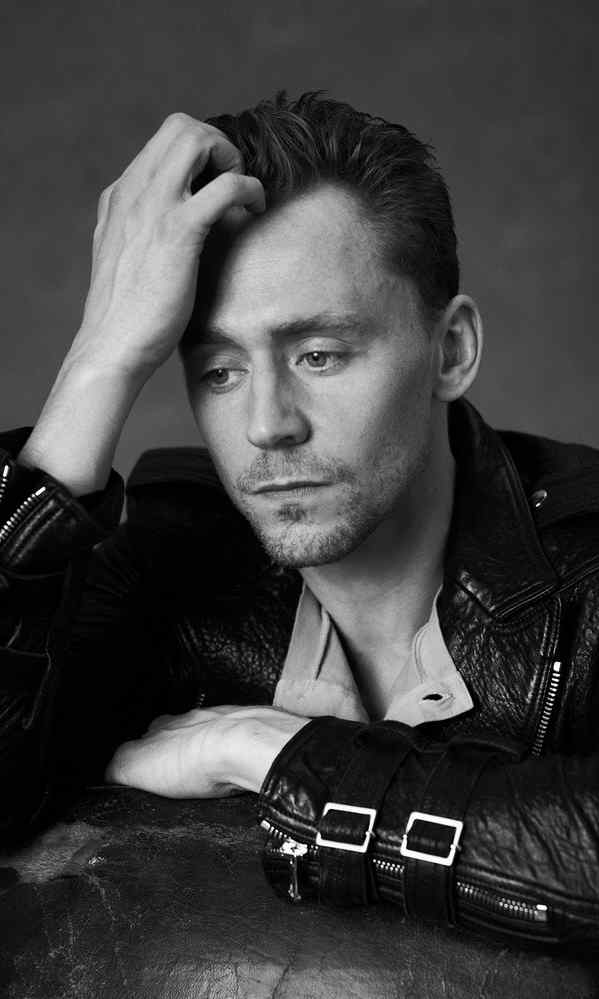 汤姆·希德勒斯顿型男气质写真