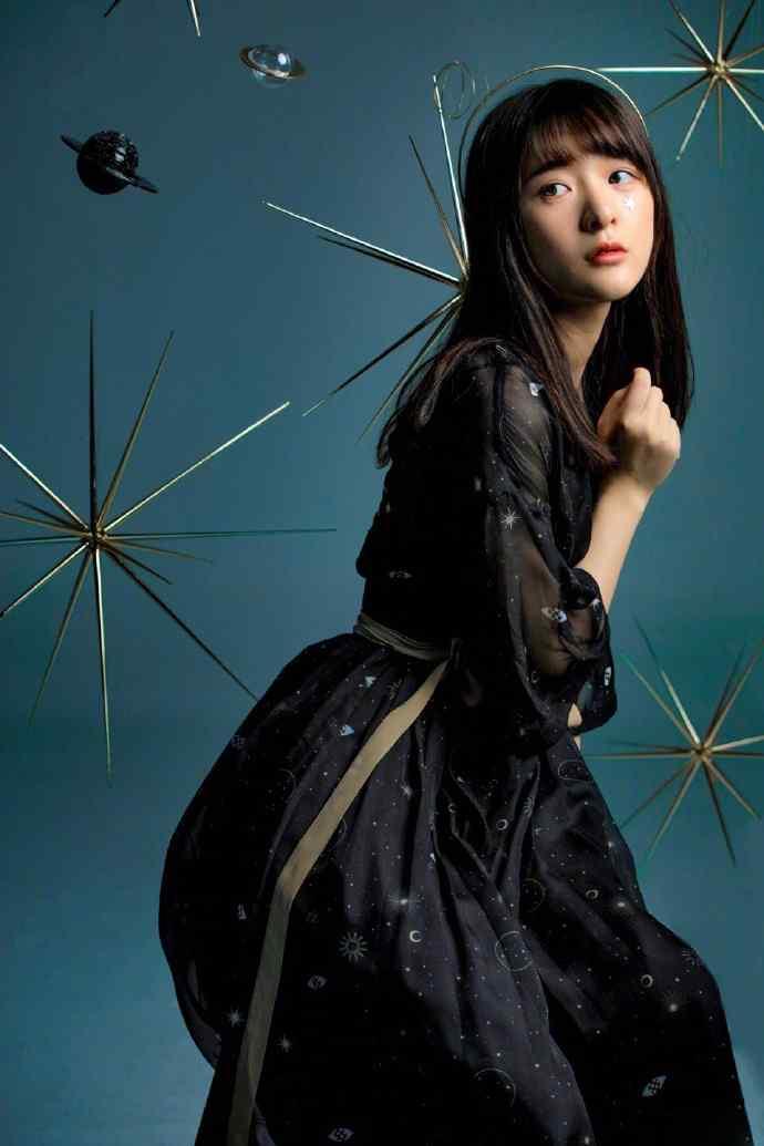 徐娇黑色系薄纱长裙性感手机壁纸