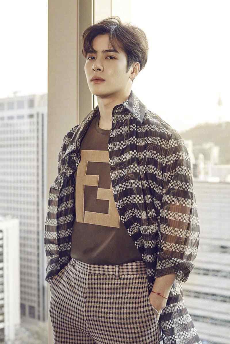 王嘉尔超帅时尚写真图片