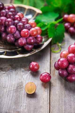 文艺的水果养生美食葡萄手机壁纸