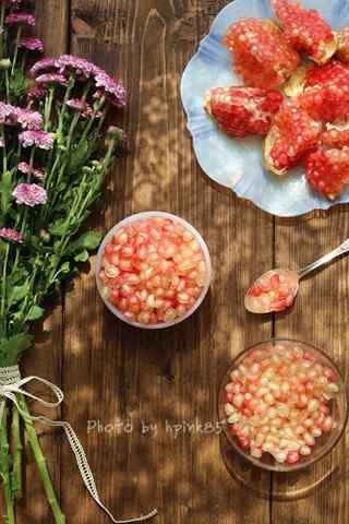 文艺的养生水果之石榴手机壁纸