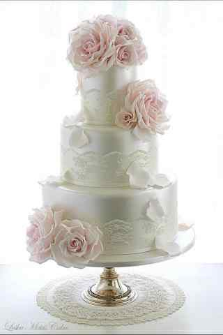 翻糖蛋糕花朵纯白多层蛋糕手机壁纸