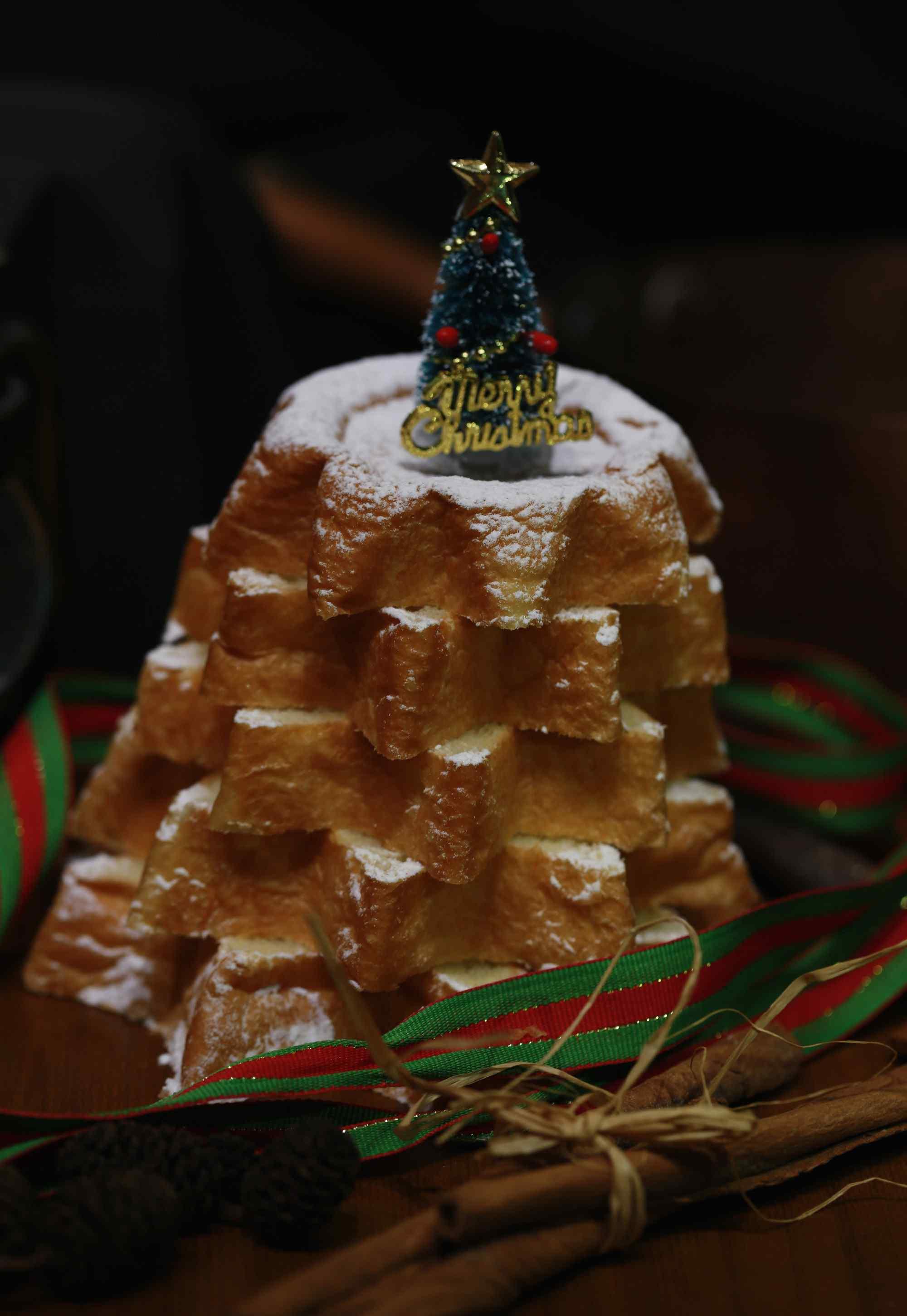 可爱的圣诞节特制小面包图片手机壁纸