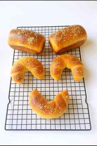 可爱的小面包图片
